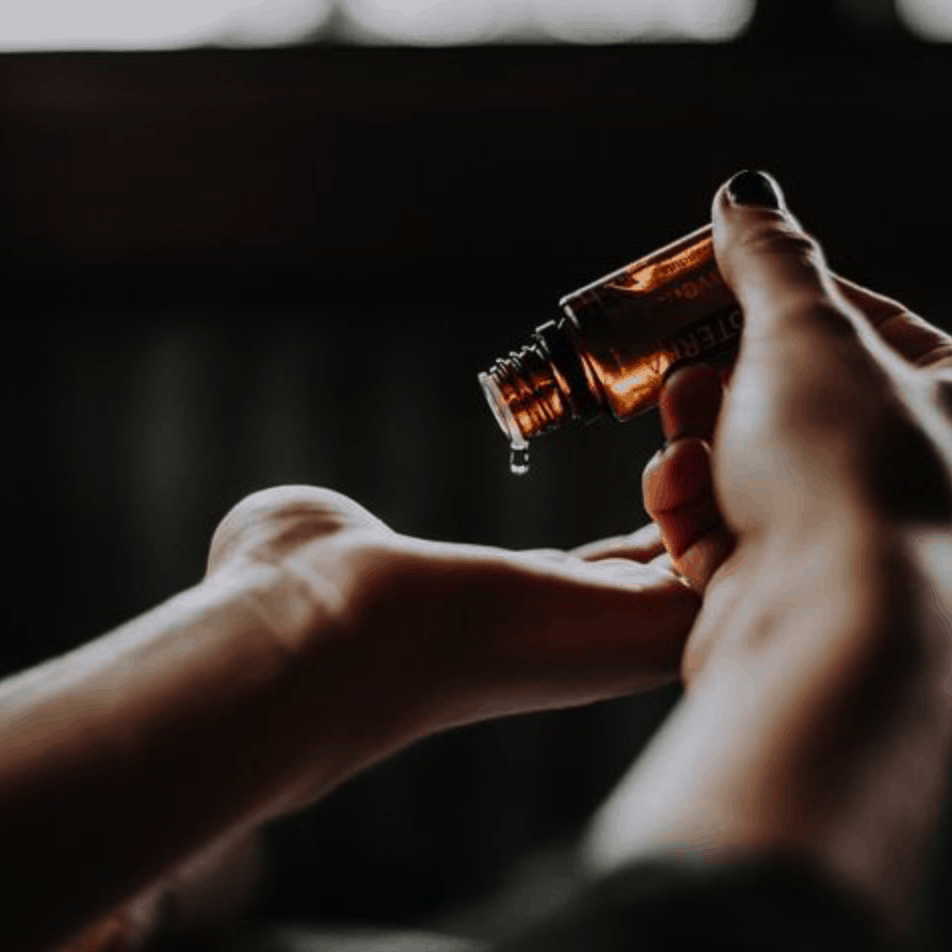Essential Oils for the Chakras: Interview with Manex Ibar