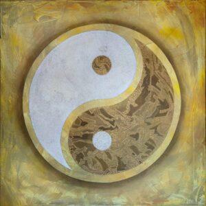 A golden yin and yang symbol