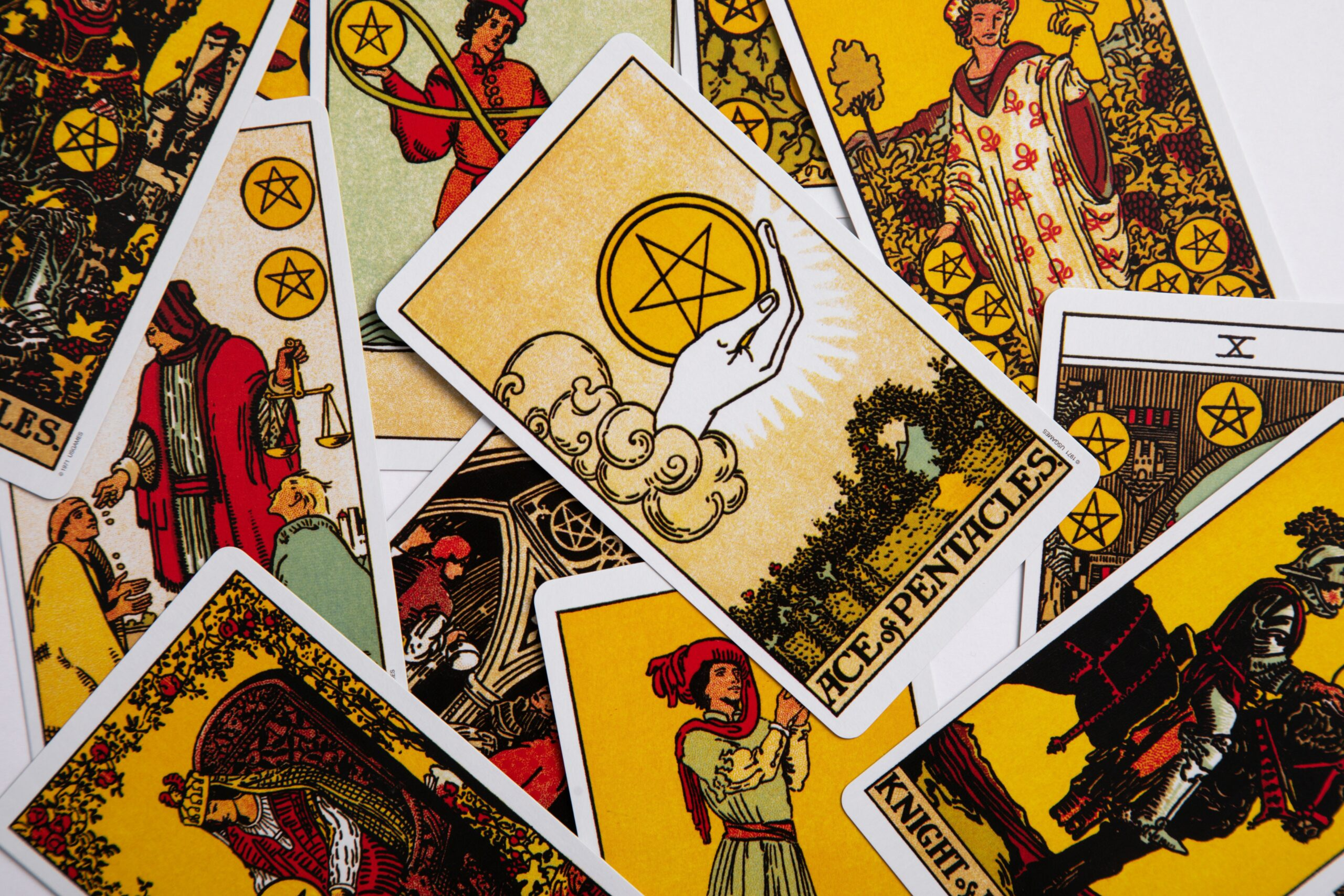 Summertime Tarot and Astrological Pairings